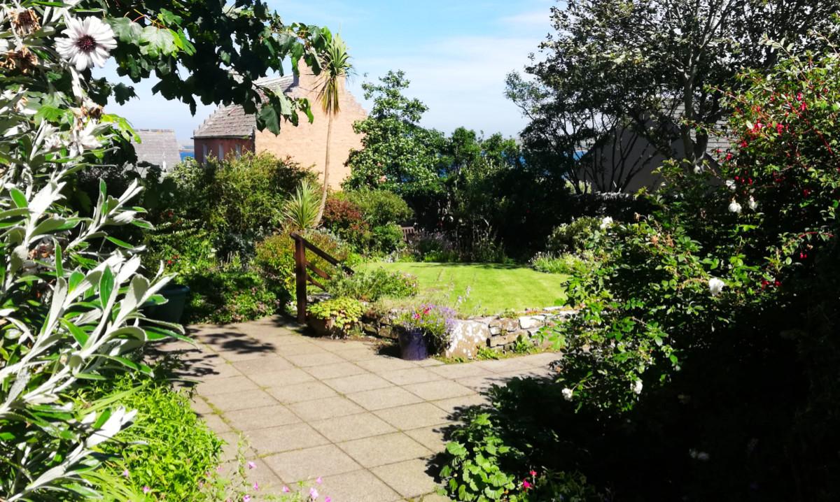 Marengo community garden